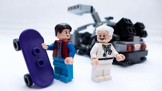 LEGO_BTTF_21103_07
