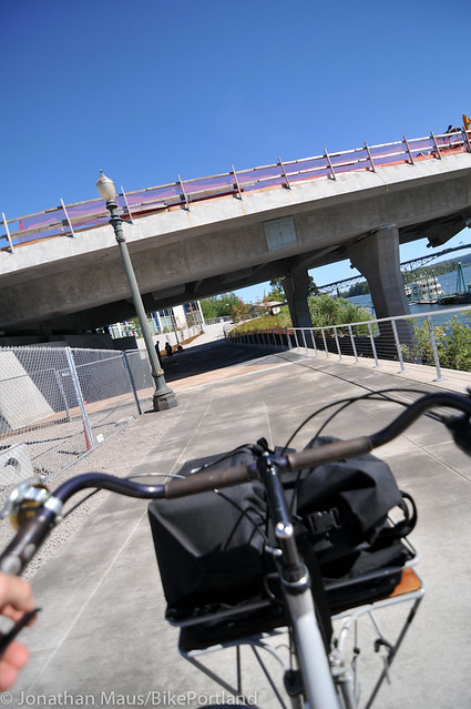 New Eastbank path under Tilikum Bridge -4