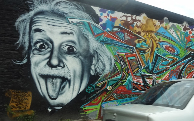 albert-einstein-mural unique non touristy secret things to see and do in puerto vallarta mexico