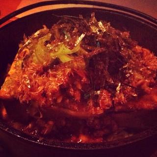 初・納豆腐ステーキ。生卵ものってるので、すき焼きの、肉の代わりに納豆…という感じ。 #nagaoka