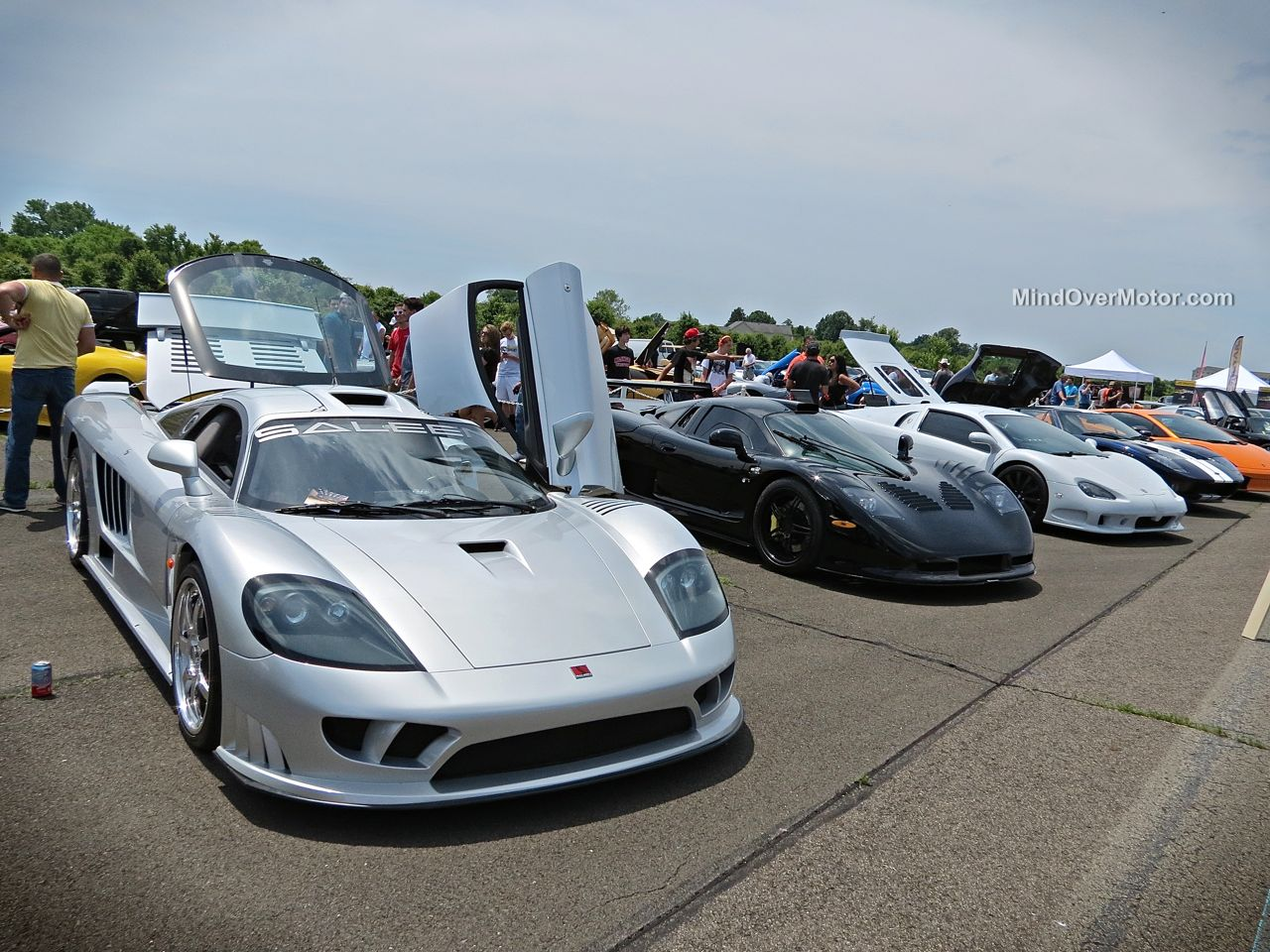 Saleen S7, Mosler Raptor GTR and SSC Ultimate Aero at CF Charities Supercar Show