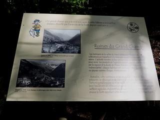 Le sentier du Fer Ruines du Grand champ (2)