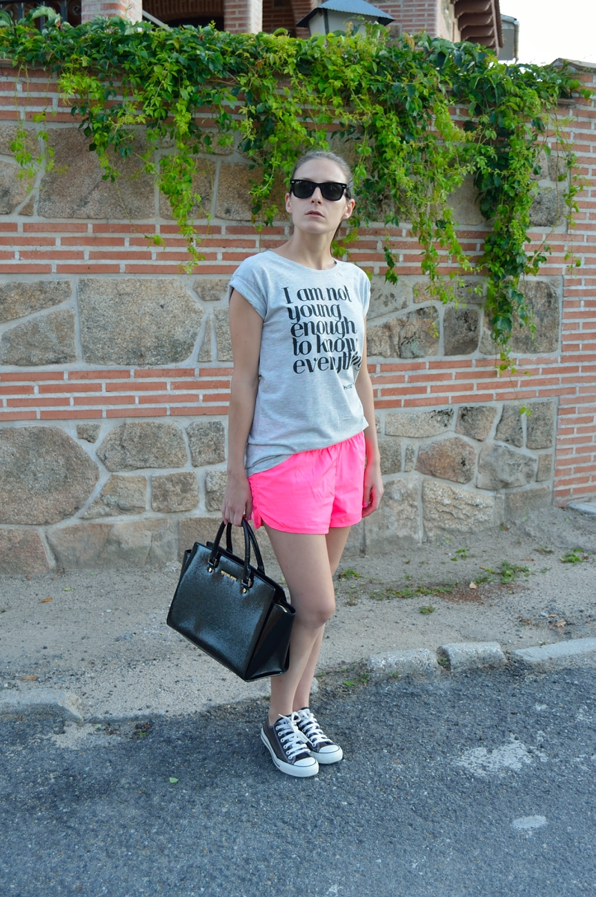 lara-vazquez-madlula-fashion-trends-summer-sport-look-comfy