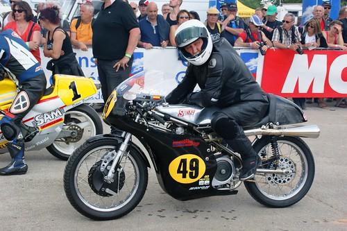 Juan-Felix Cid Cobena sur sa Seeley-Matchless 500 G50 (1968)