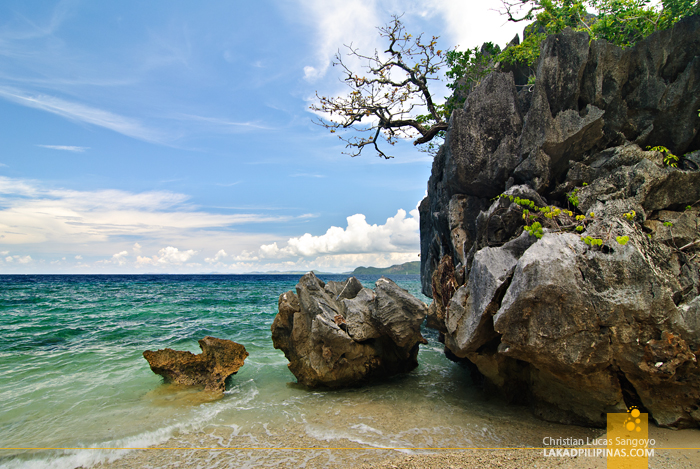 Boulders at the Beach of Sangat Island Dive Resort in Coron