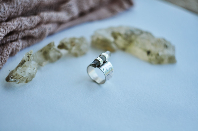 silver&quartz ring