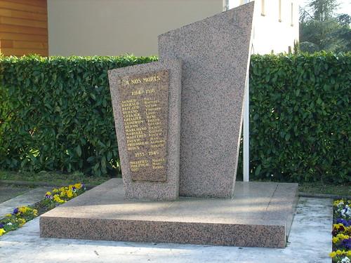 33-Saint Seurin de Cursac*