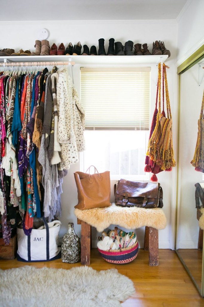 adaymag-8-storage-solutions-for-limited-closet-space-03