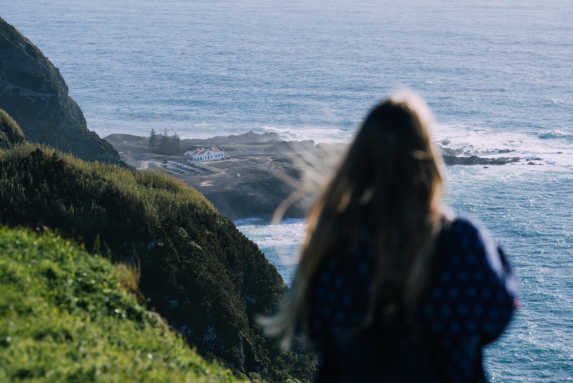 Miradouro da Ponta do Escalvado, rálátás Ponta Ferrariara. Fotó: Baki Mihály.