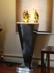 Black Gloss Laminate Pedestal on Chrome Laminate Base with Ambient Light
