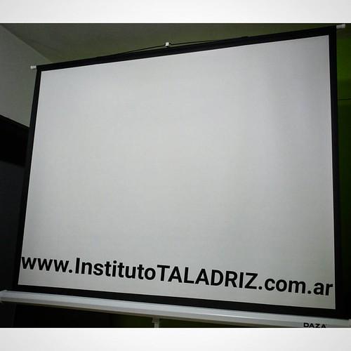 #pantalla #proyector #screen #institutotaladriz