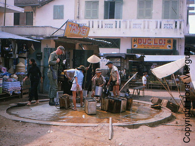 Local water point Ben-Cat - 1965-66 - Photo by Horst Viergutz