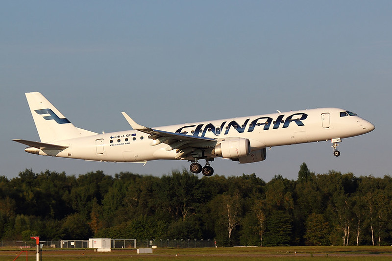 Finnair - E190 - OH-LKF (1)
