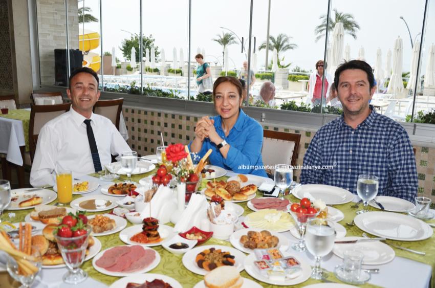 Hakan Güney, Ayşe Sönmez, Ahmet Mutlusoy, White Gold Otel