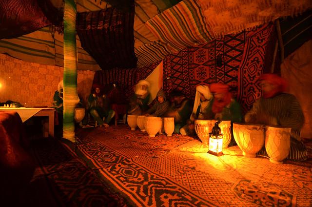 Marruecos de noche durante nuestra excursión al desierto de Erg Chebbi