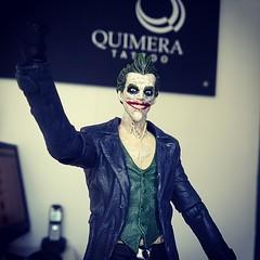 joker(1.0), fictional character(1.0), blue(1.0), black(1.0),