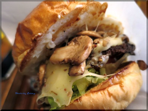 Photo:2014-01-05_ハンバーガーログブック_【本郷三丁目】FireHouse(ファイヤーハウス) 私にとってのハンバーガーのスタートの店へ-06 By:logtaka