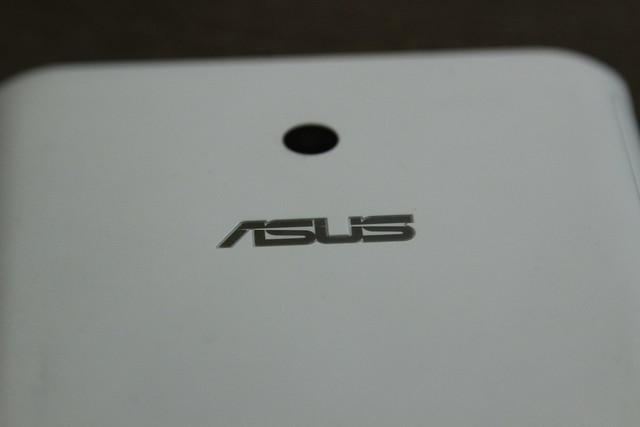 Trên tay Asus FonePad 7 Dual Sim mới với giao diện ZenUI - 20367