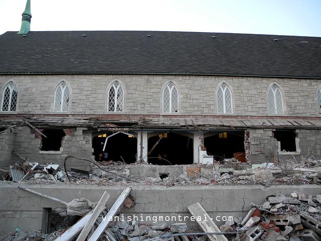 Eglise Notre-Dame-de-la-Paix demolition 17