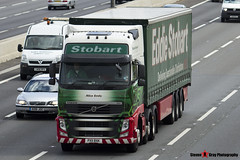 Volvo FH 6x2 Tractor with 3 Axle Curtainside Trailer - PX11 BXK - H4648 - Alice Emily - Eddie Stobart - M1 J10 Luton - Steven Gray - IMG_6838