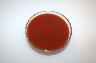 07 - Zutat passierte Tomaten / Ingredient sieved tomatos