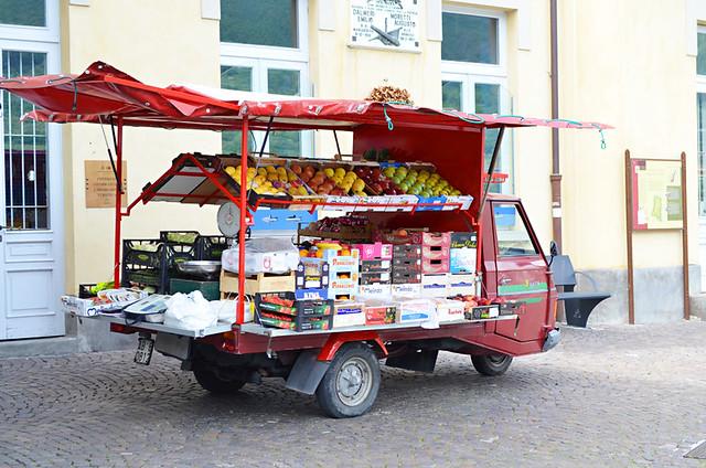 fruit van, Peschiera Maraglio, Monte Isola, Lake Iseo, Italy