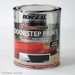 Diamond Hard doorstep paint