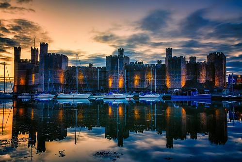 uk sunset seascape castle wales landscape caernarfon