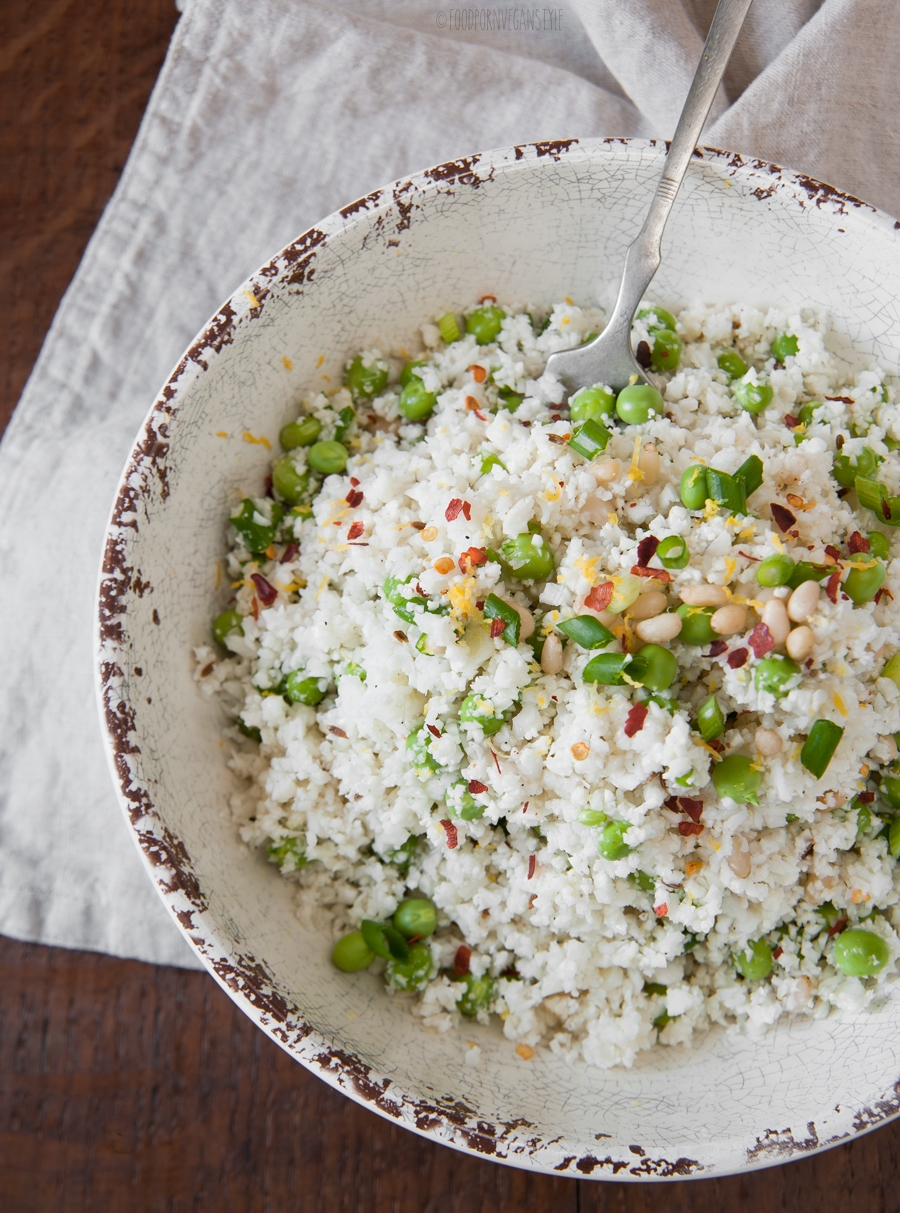 Cauliflower rice with fresh peas, cumin and lemon dressing