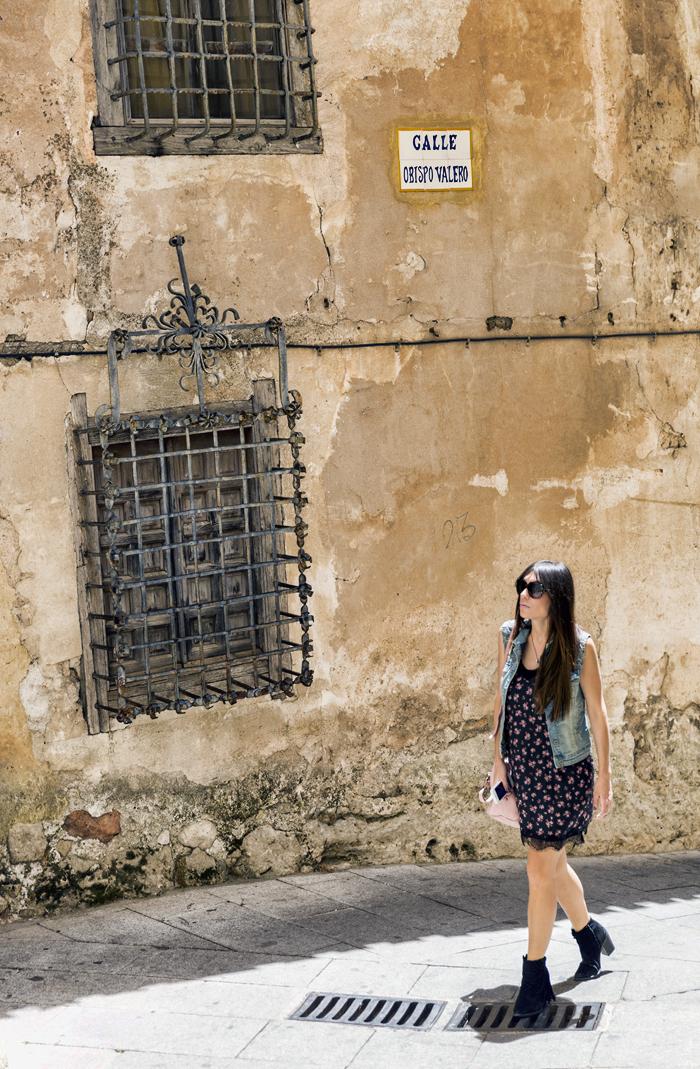street style barbara crespo fashion blogger outfit blog de moda cuenca travels