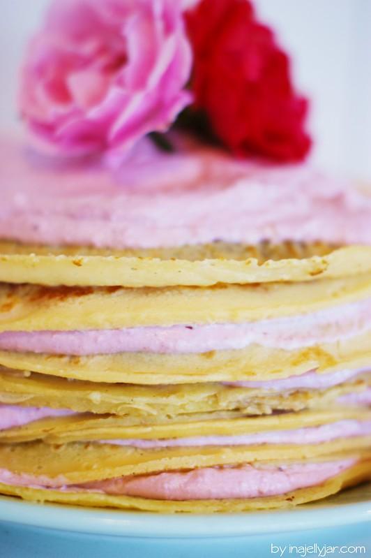 gastprinzessin conny backt: mille crepe kuchen mit brombeeren & schoko