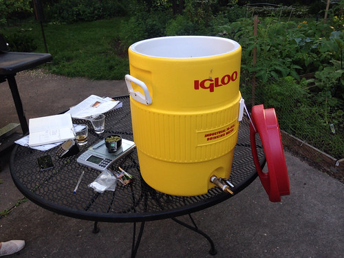 Our new assembled mash tun made from an Igloo beverage cooler