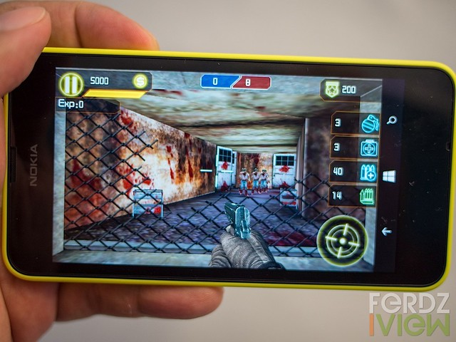 AE Zombie War Zone shooter game