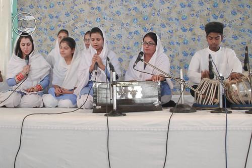 Avtar Bani by Harmeet and Saathi from Jharoda, Delhi