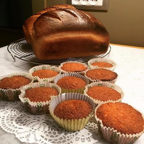 Vers wit brood en cupcakes