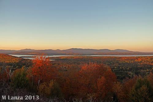 autumn sunset fall maine newengland foliage rangeley franklincounty rangeleylake
