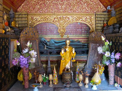 Altar en templo de Wat Xieng Thong