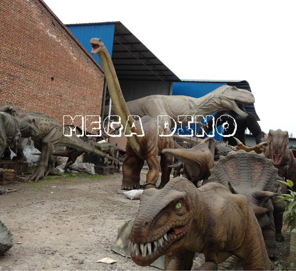 Life Size Dinosaur Model on Sale