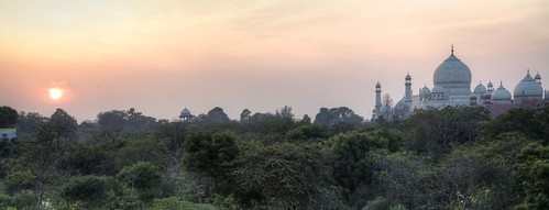 sunset india tajmahal agra hdr uttarpradesh longlight tajganj canonef24105mmf4lis bigslideshow tajviewnaturewalk littleslideshow