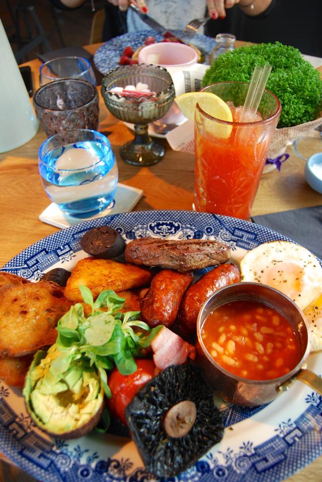 London Market Breakfast