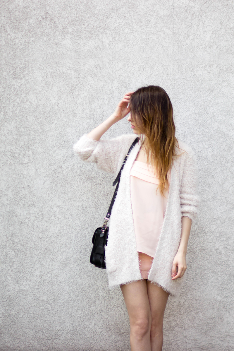The White Ocean, Lena Juice, Personal Style Blogger, Ukraine, Fashion Blogger, fuzzy, pink, new look