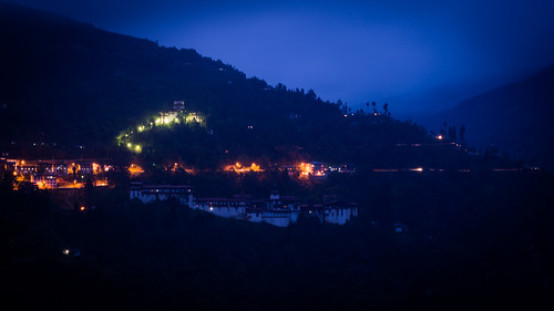 Trongsa Dzong at night