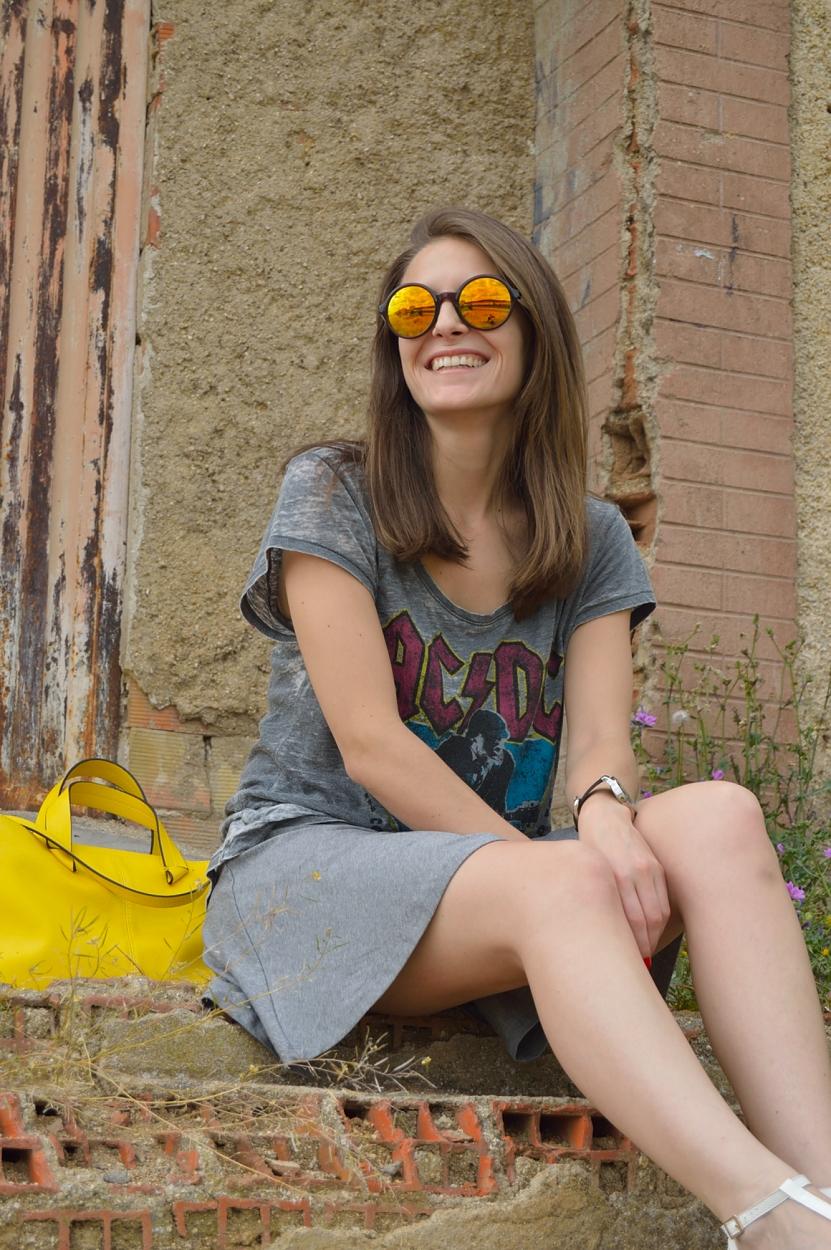 lara-vazquez-madlula-blog-style-yellow