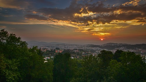 city sunset pordosol cidade sun portugal canon tokina setting braga bomjesus 1116 550d tokinaaf1116mmf28 atx116prodx