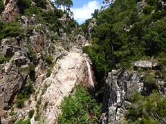 Dans la traversée après le col du contournement de la 3ème cascade du Niffru
