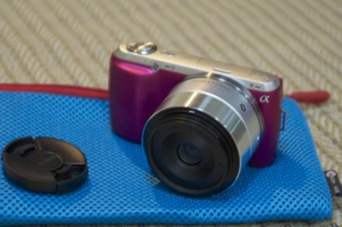 Sony NEX-C3 with Sigma 30mm f2.8 EX DN 1