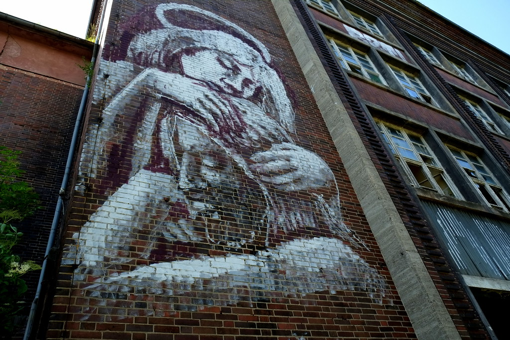 alaniz - mural - russische kaserne am schwanebecker chaussee - bernau