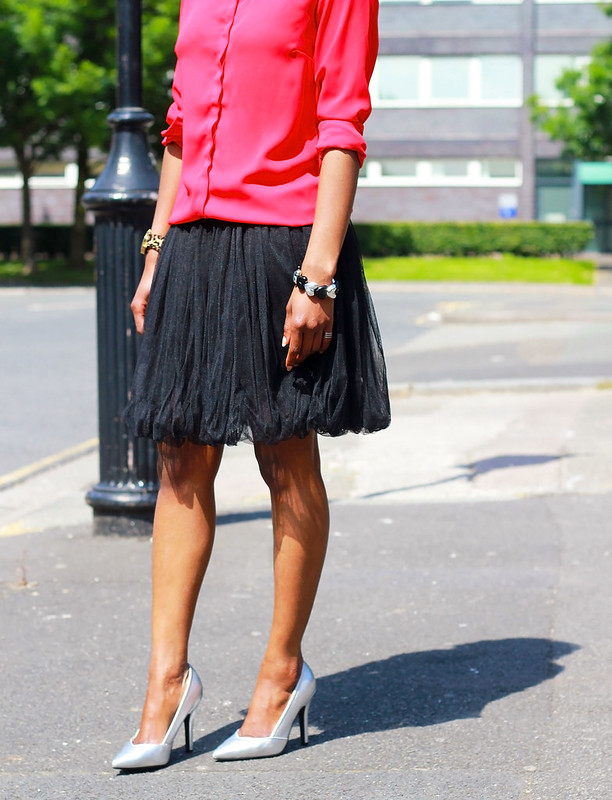 tulle-skirt-trend-&-metallic-silver-heels, how to style tulle skirts, how to wear tulle skirts, tulle skirts