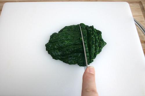 33 - Spinat zerkleinern / Mince spinach