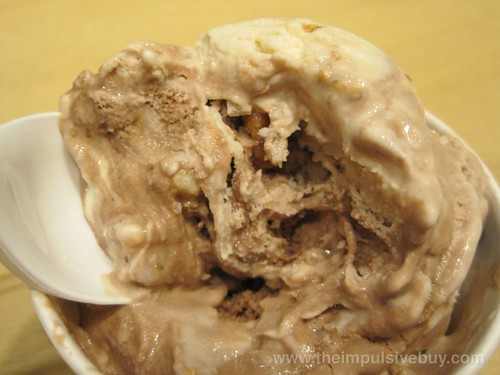 Ben & Jerry's Gilly's Catastrophic Crunch Ice Cream The Cluster Cave
